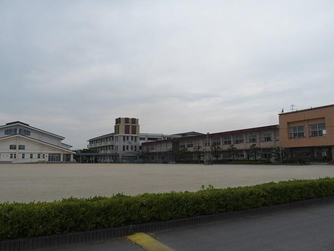 日清小学校