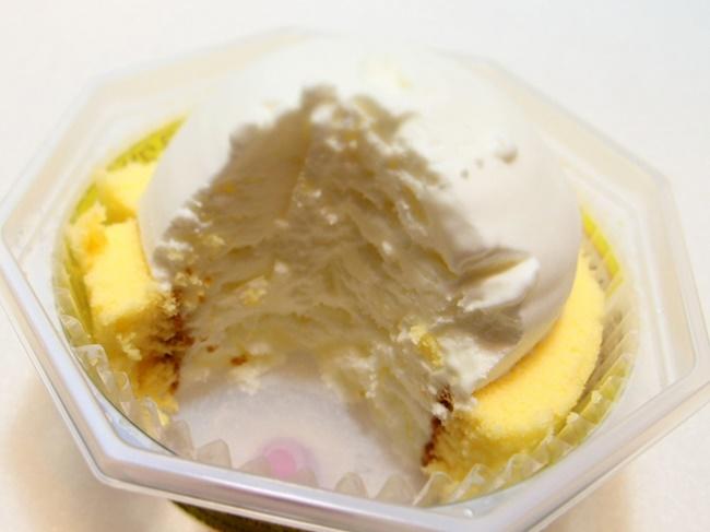 プレミアムロールケーキアイスカット
