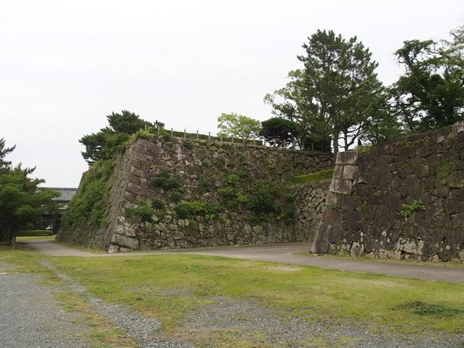 佐賀城跡「天守台」の城跡感がとても良い!天守への入口の虎口がステキすぎる
