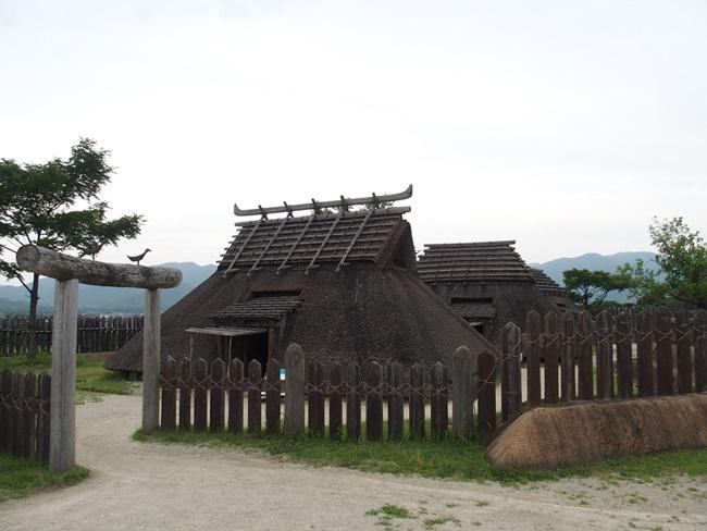 吉野ヶ里遺跡王の家
