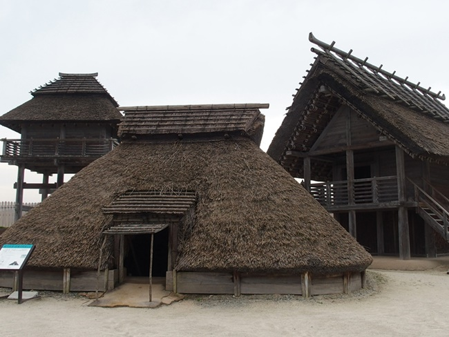 「吉野ヶ里歴史公園」を写真で徹底紹介する完全版!古代都市の実物大ジオラマに大興奮します