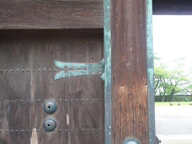 鯱の門弾痕