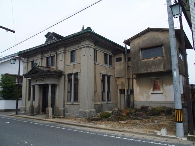 旧古賀銀行神崎支店