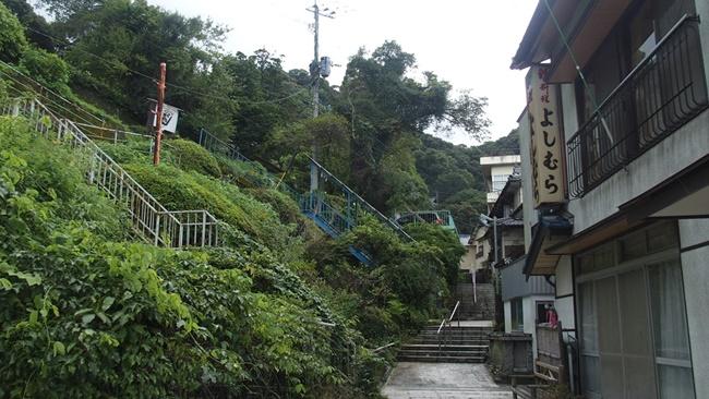 清水の滝参道