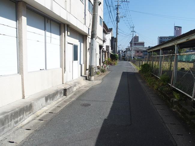 水ヶ江空き家南側接道