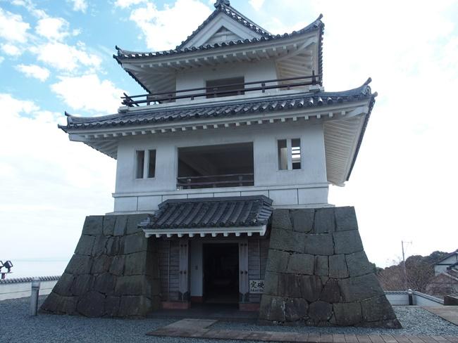 竹崎城跡模擬天守