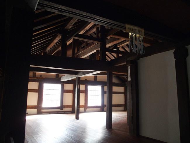 肥前浜宿継場二階部屋入口