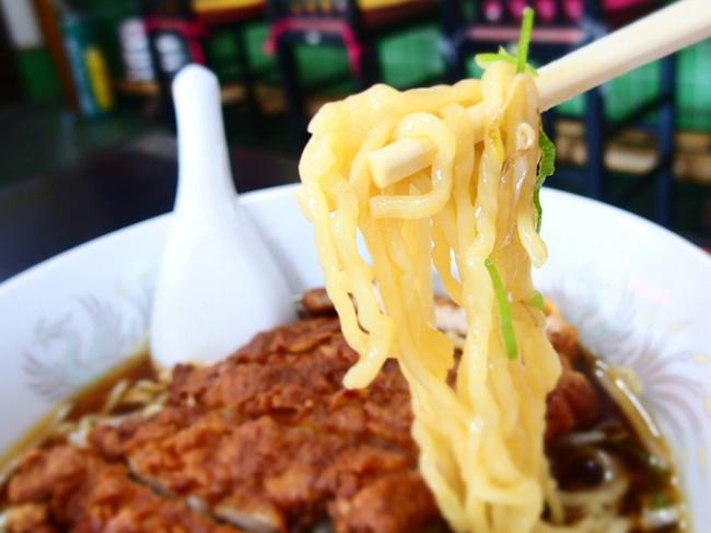 高揚パイクウ麺の麺