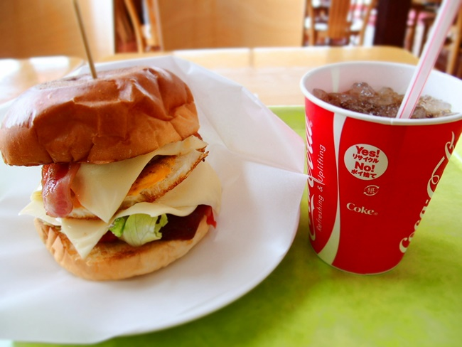 「T-1'sバーガー」たまにはチョット贅沢な手作りバーガーが美味しいですよ!