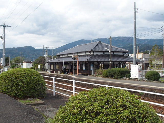 小城駅駅舎3