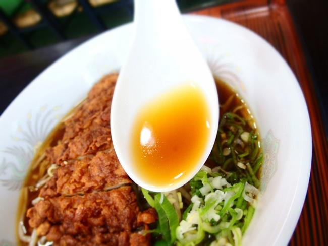 高揚パイクウ麺スープ