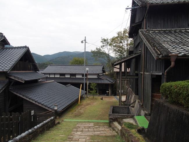 志田焼の里通路1