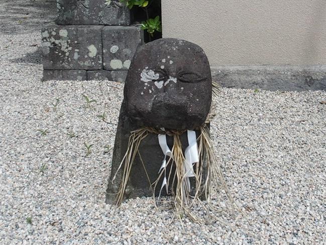 伊勢神社肥前狛犬3
