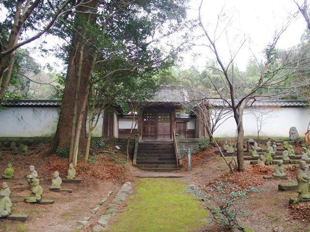 五百羅漢小城鍋島藩主墓所