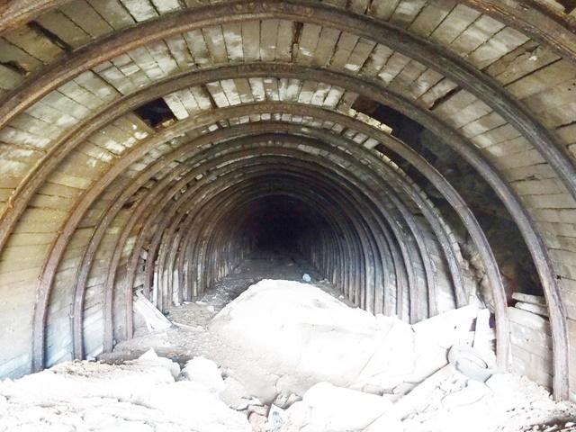 杵島炭鉱鉄道トンネル15