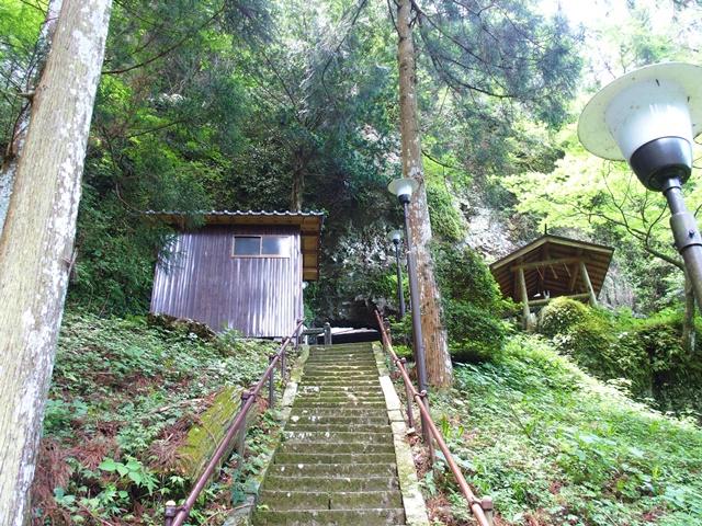 岳神社18