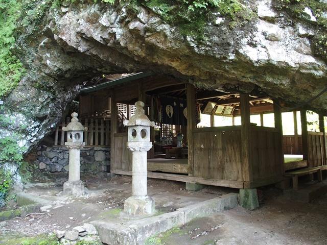 岳神社24