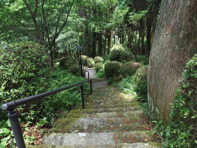 岳神社17