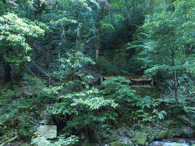 御手水の滝32