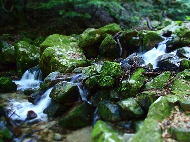 御手水の滝21
