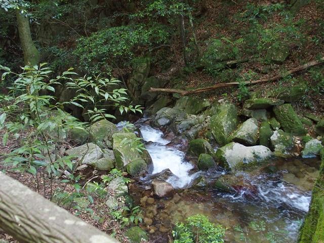 御手水の滝16