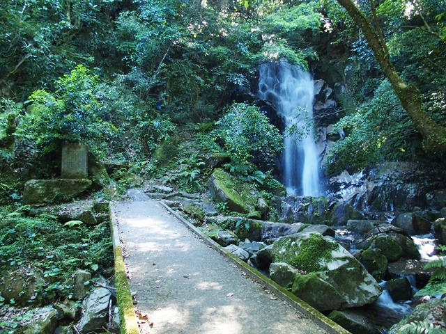 御手水の滝31