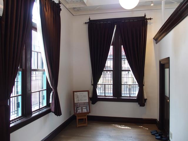 旧古賀銀行神崎9