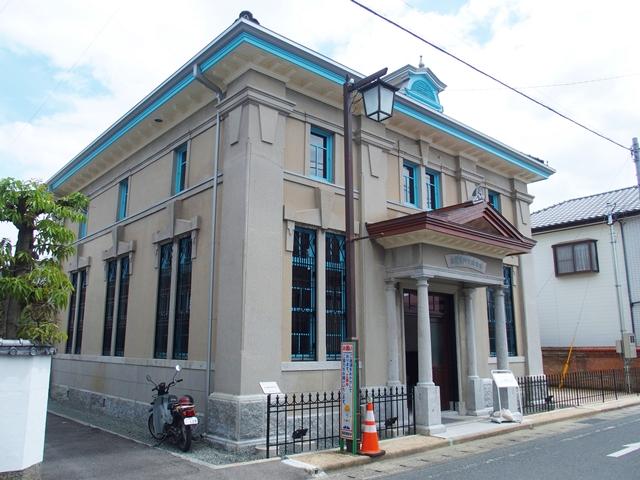 旧古賀銀行神崎4