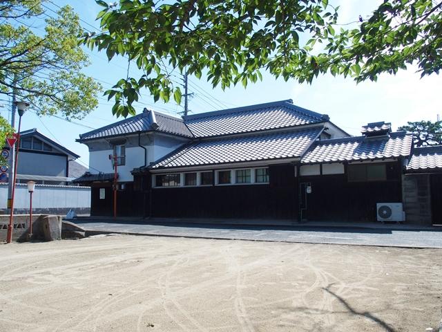 与賀神社参道24