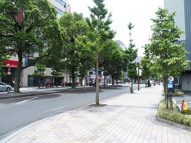 佐賀駅前100円p1