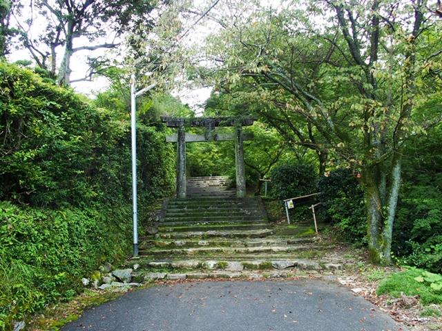 仁比山神社15